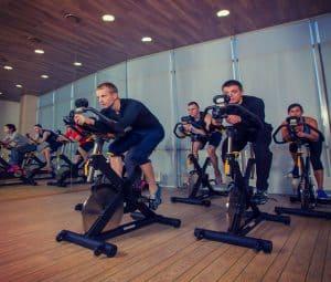 אימון ספינינג | חדר כושר הולמס פלייס