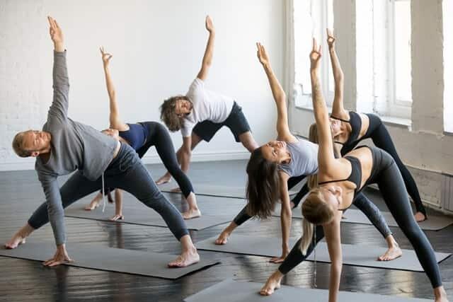 שיעורי יוגה בתל אביב